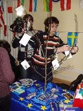 eu2009creative_tree3.jpg (305.93 Kb)